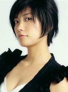 Акут Каваками Миеко 川上未映子- японская певица и писательница, лауреат литературной премии Акутагавы